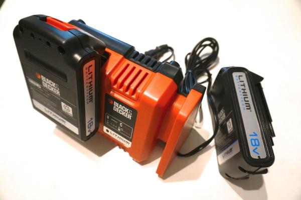 バッテリーは2個付き