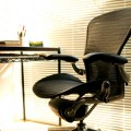 PC作業に一番いい椅子はどれだ!ハーマンミラー